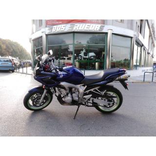 YAMAHA FZ S 600 FAZER